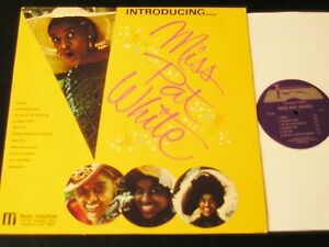 Miss-Pat-White-1975-Private-Lounge-Singer-LP-Autographed