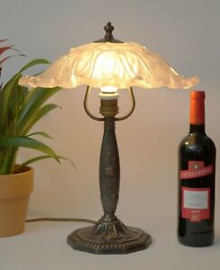 Klassische-Jugendstil-Art-Deco-Messing-Tischlampe-Messinglampe-Unikat-Berlin