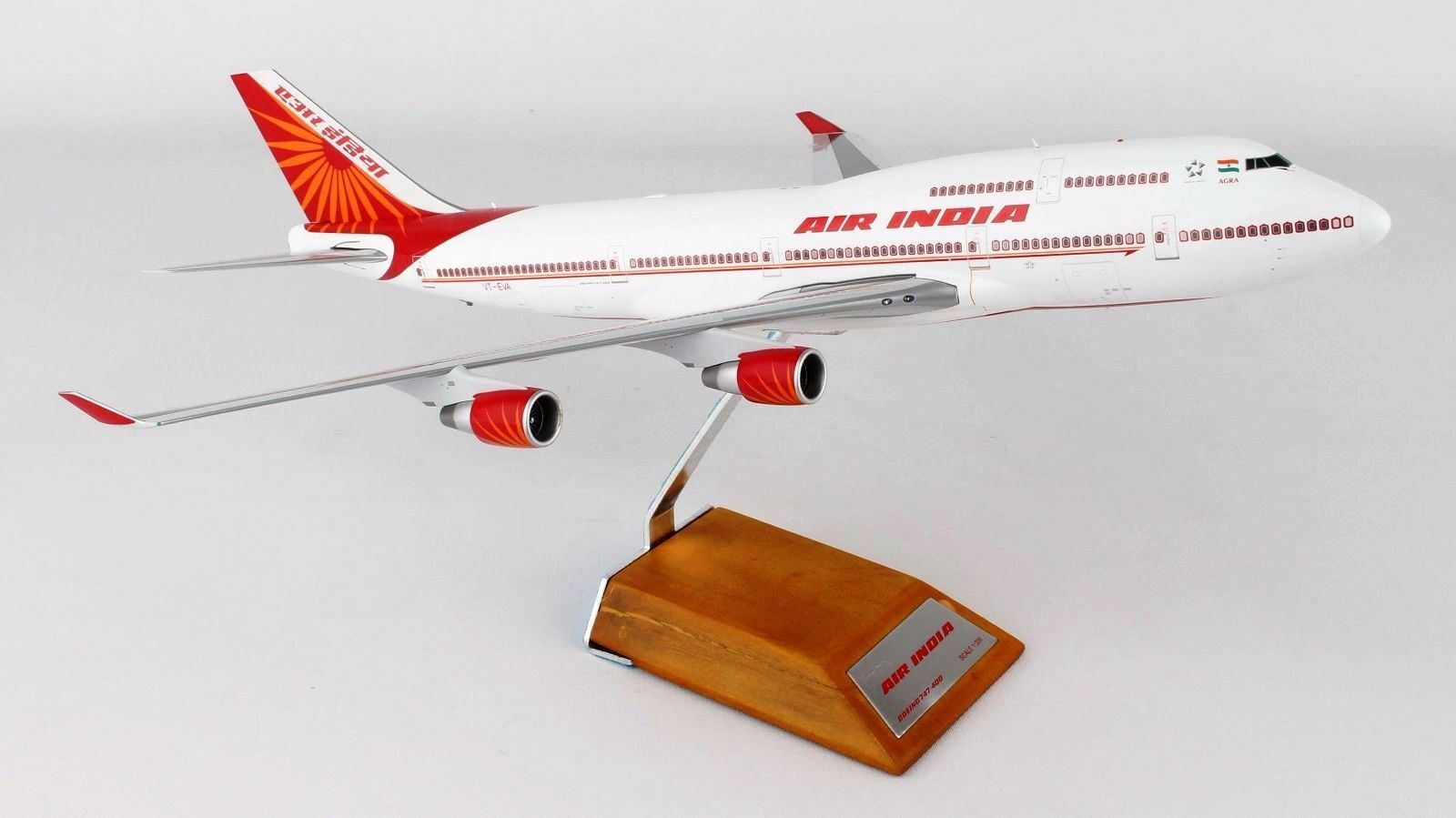 Jc Wings LH2001 1/200 Aria India Boeing 747-400 Vt-Eva con Supporto