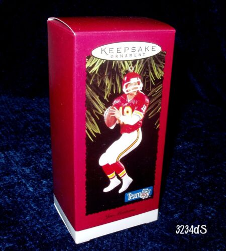 NEW /& Mint 1995 Hallmark JOE MONTANA #19 Kansas City Chiefs Football Ornament