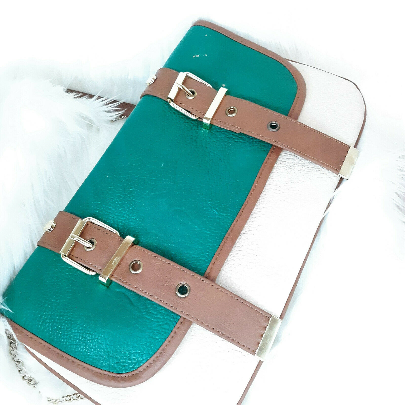 Steve Madden Cross Body Purse Beige & Teal Magnetic Closure New With Tags Flaws