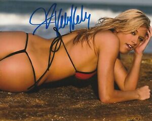 Kelly-Kelly-WWF-WWE-Autographed-Signed-8x10-Photo-REPRINT