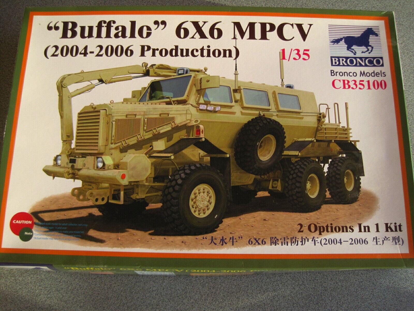 Buffalo 6x6 MPCV Bronco Models 35100 (2004-2006 Production) 1 35