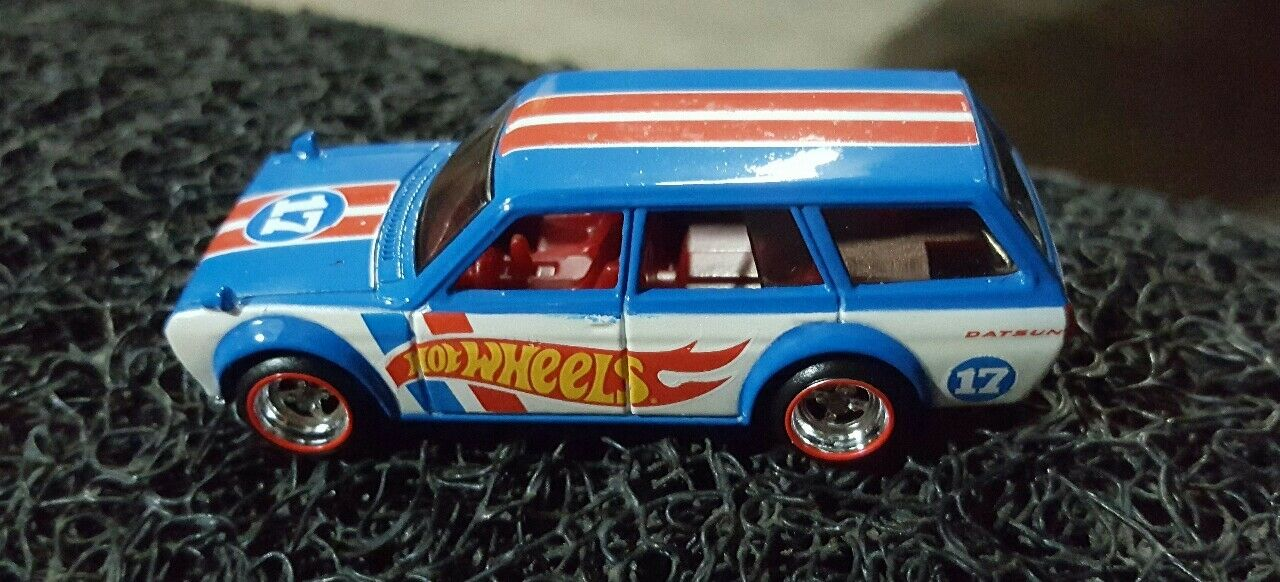 2017 HOT WHEELS DATSUN blueEBIRD 510 WAGON LIMITED