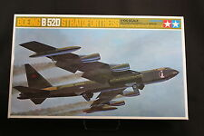 XE011 TAMIYA 1/100 maquette avion 60025 2400 25 Boeing B52D stratofortress