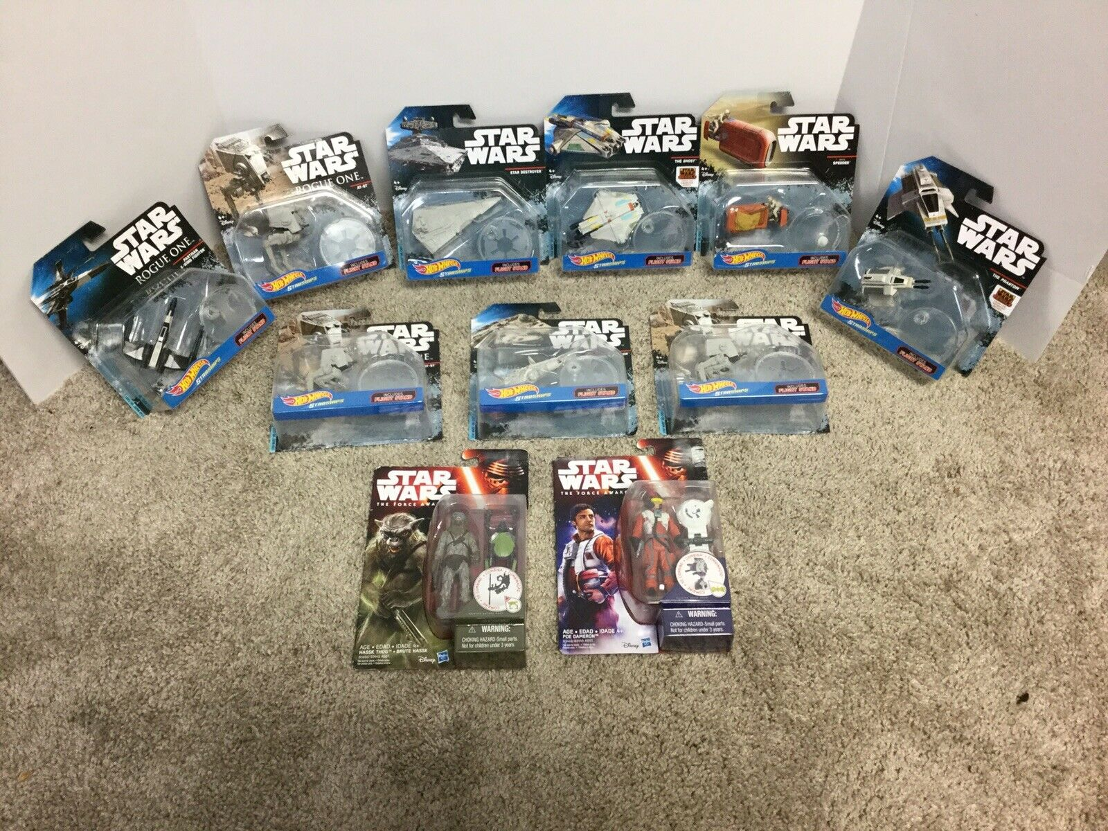 Hot Wheels 2015 - Star Wars Lot 9 Plus 2 Bonus Figures See Pictures