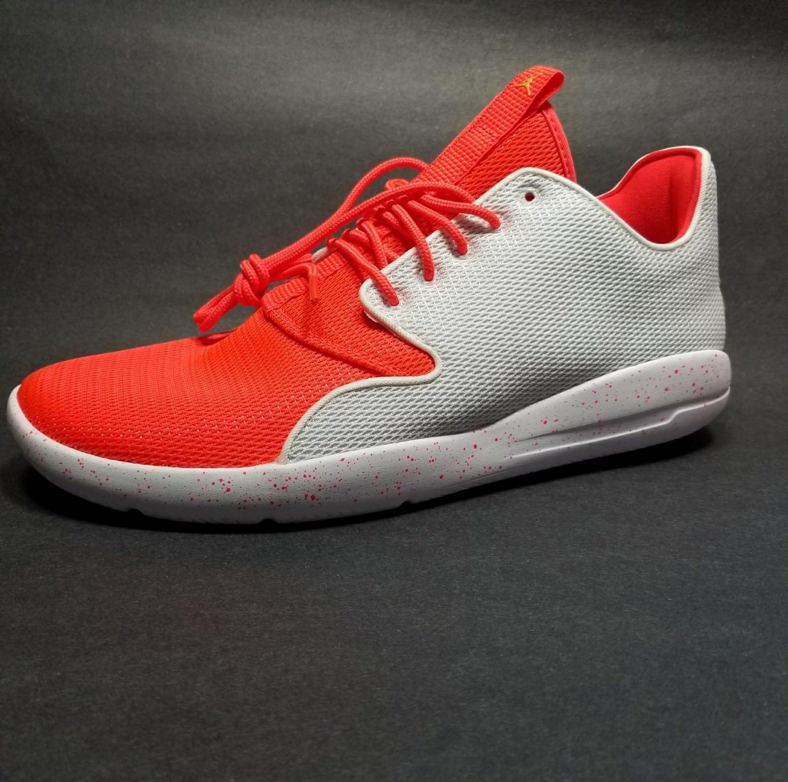 NIKE Jordan Mens Air Jordan NIKE Eclipse  724010-126 Size 9.5 New with Box 87db74