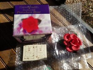 Vintage-Capodimonte-Capo-di-Monte-Decorative-Porcelain-Red-Rose-Flower-Italy-New