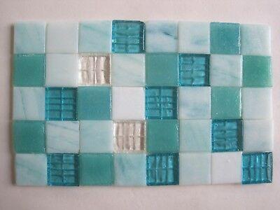 "square Glass Mosaic Tiles Loose 3//4/"" 40 pieces 2 cms Sky Blue"