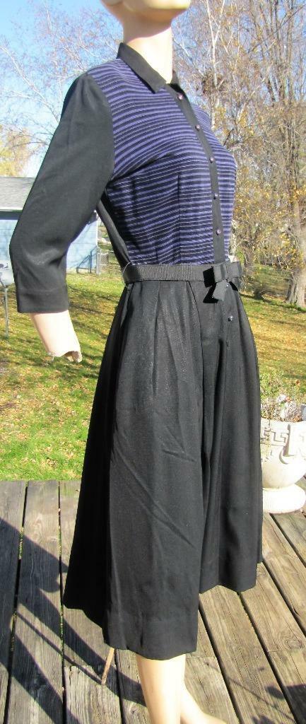1940s MINX MODES BLACK GABARDINE DRESS W PURPLE C… - image 4