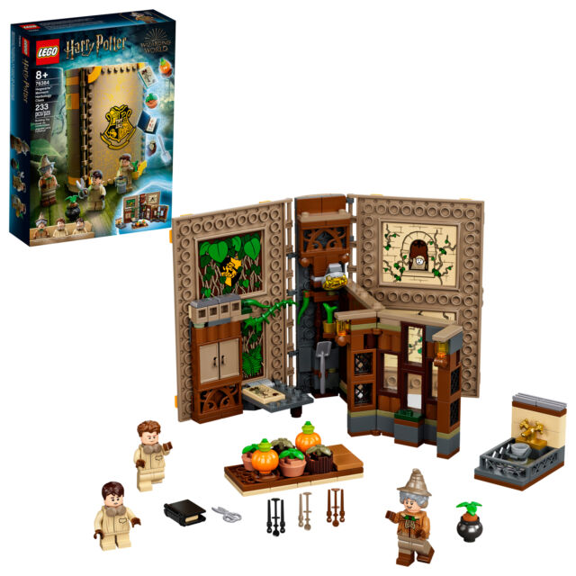 LEGO Harry Potter Hogwarts Moment: Herbology Class 76384 ...