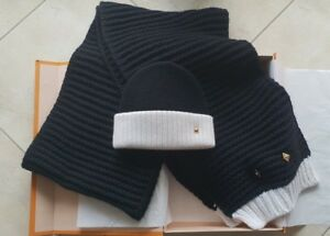 Image is loading Louis-Vuitton-Scarf-Hat-Beanie-Black-White-Authentic- 7c4c34b997e2