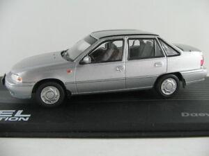 Ixo-115-daewoo-nexia-1994-1997-en-plata-metalica-1-43-nuevo-PC-vitrina