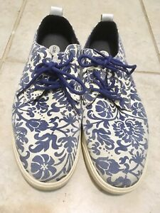 Clae-Men-s-Shoes-Sneakers-Sz-10m-Floral-Pattern-Blue-White-Casual-Distressed