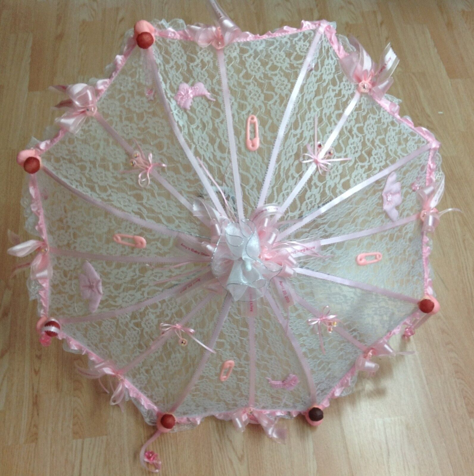 36 36 36  Personalized Weiß Lace baby shower umbrella Rosa ribbons rattles pacifiers 2a13ef