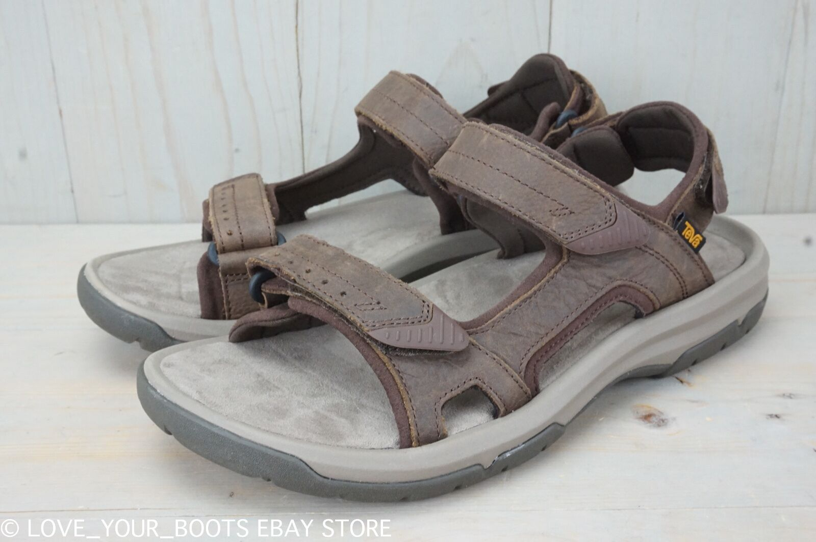 TEVA LANGDON DARK EARTH LEATHER SPORTS HIKING MENS SANDALS US 9 NEW