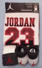 AIR JORDAN Baby BOYS 3-piece set: Bodysuit, Cap & Booties 0-6 Months White/Gray.