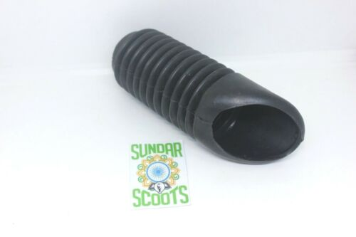 BLACK RUBBER AIR INTAKE HOSE PIPE SUITABLE FOR VESPA  SCOOTERS.