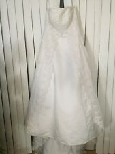 Davids Bridal Strapless Wedding Dress beaded lace Sz 14 NWT Originally $649
