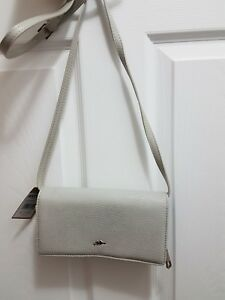 0a69f20244 ROOTS 73 RFID Wallet on a String Canadian Brand Women s Wallet NWT ...