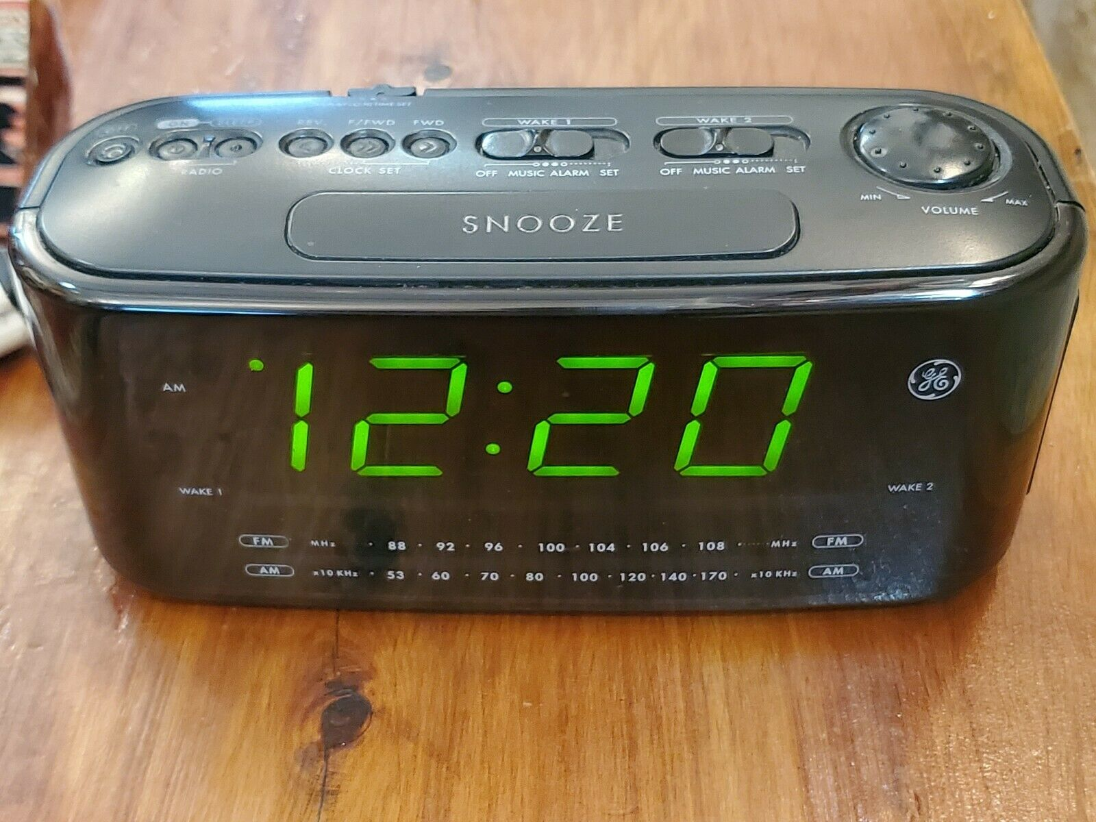 Ge 7 4852a Large Display Radio Dual Alarm Clock Am Fm Good