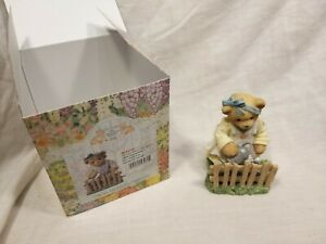 Cherished-Teddies-034-Dolores-Uses-Her-Garden-As-a-Brief-Escape-034-Boxed