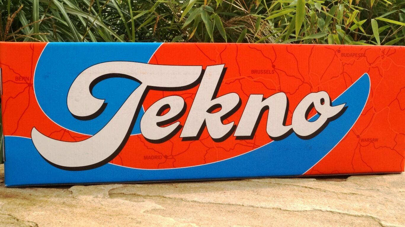 Tekno  Mercedes-Benz Actros Schüttgut-Sattelzug  Butter     | Bekannt für seine schöne Qualität  9ee296