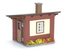 H0 Modelltec /IGRA 60 1210 20: Streckenwärterhaus / Telefonstelle