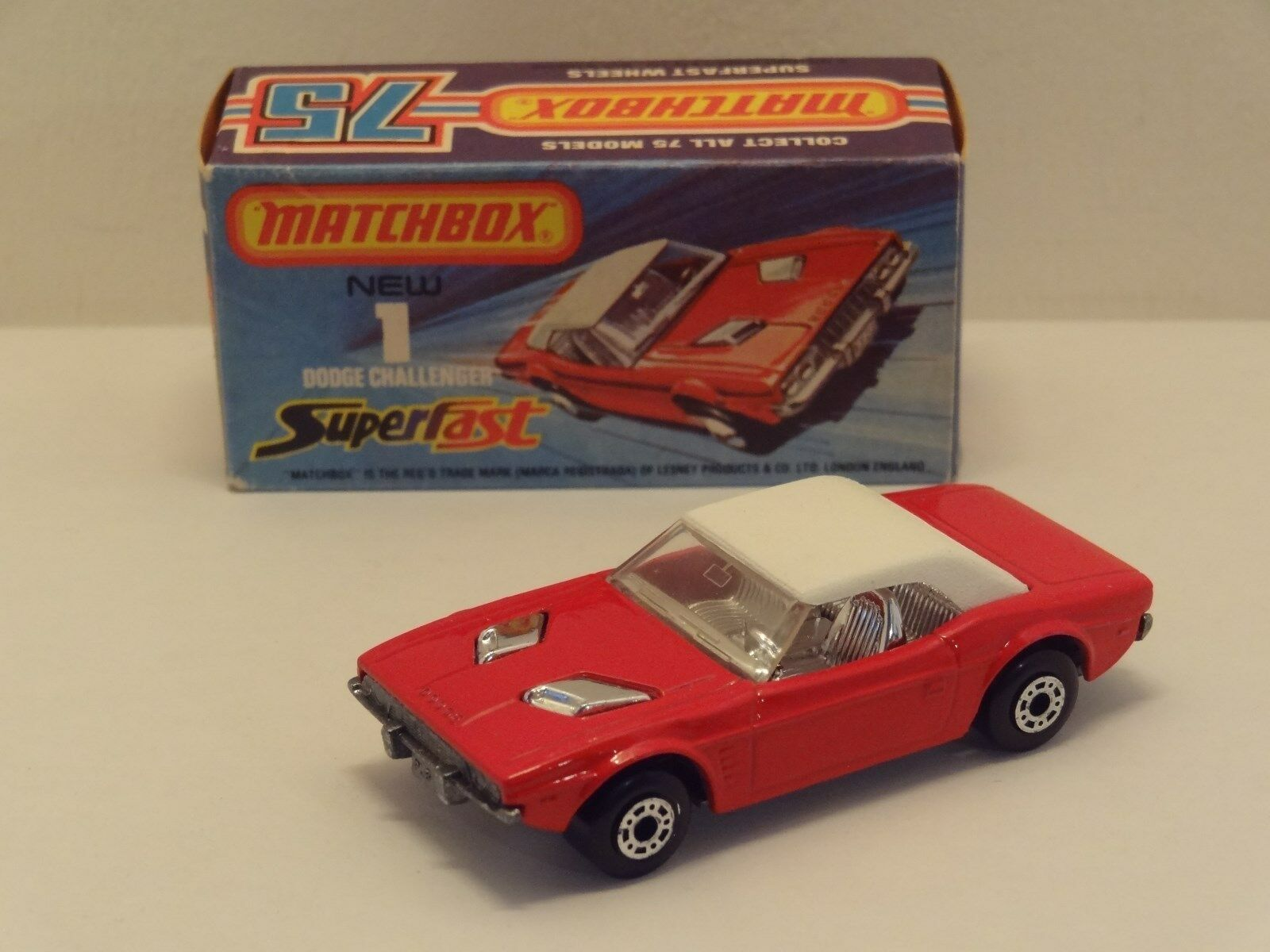 Matchbox Superfast No1 DODGE CHALLENGER with with with Rarer  DOT DASH WHEELS   L@@K    c78011