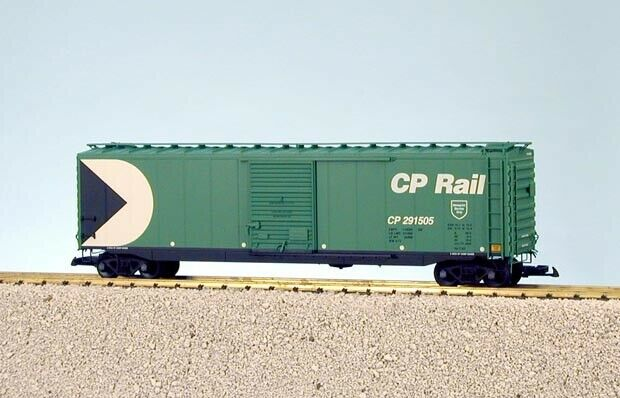 USA Trains G Scale 50 Ft Single Door Box Car R19318A CP Rail - verde