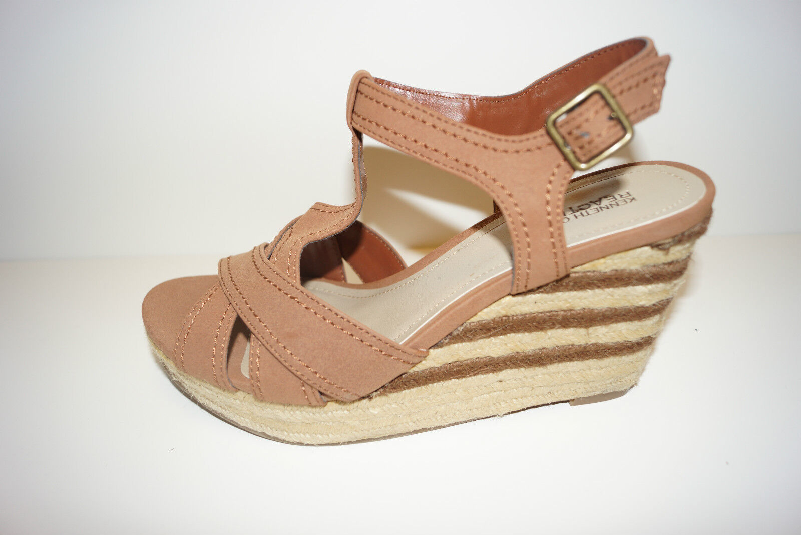 Women's Kenneth Cole Reaction Kiss Me Doll Wedge Sienna Sandals Brown Size 8.5