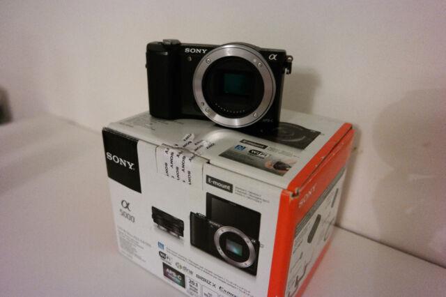 Sony ILCE Alpha 5000 APS-C 20.1 Mp. E-mount (boitier uniquement) - Parfait Etat.
