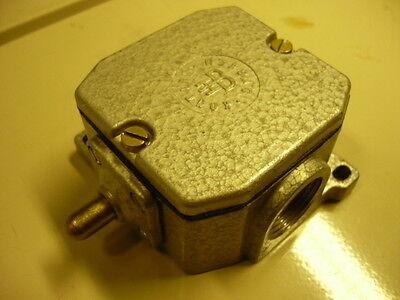 DDR Endschalter Schaltkontakt Grenztaster Bernstein Robotron GWÜ 1 R VEB FH 1600