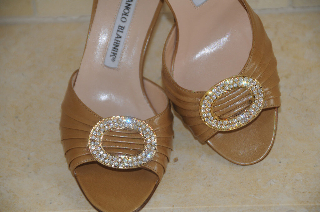 775 New MANOLO BLAHNIK SEDARABY beige camel leather gold jeweled SHOES 39