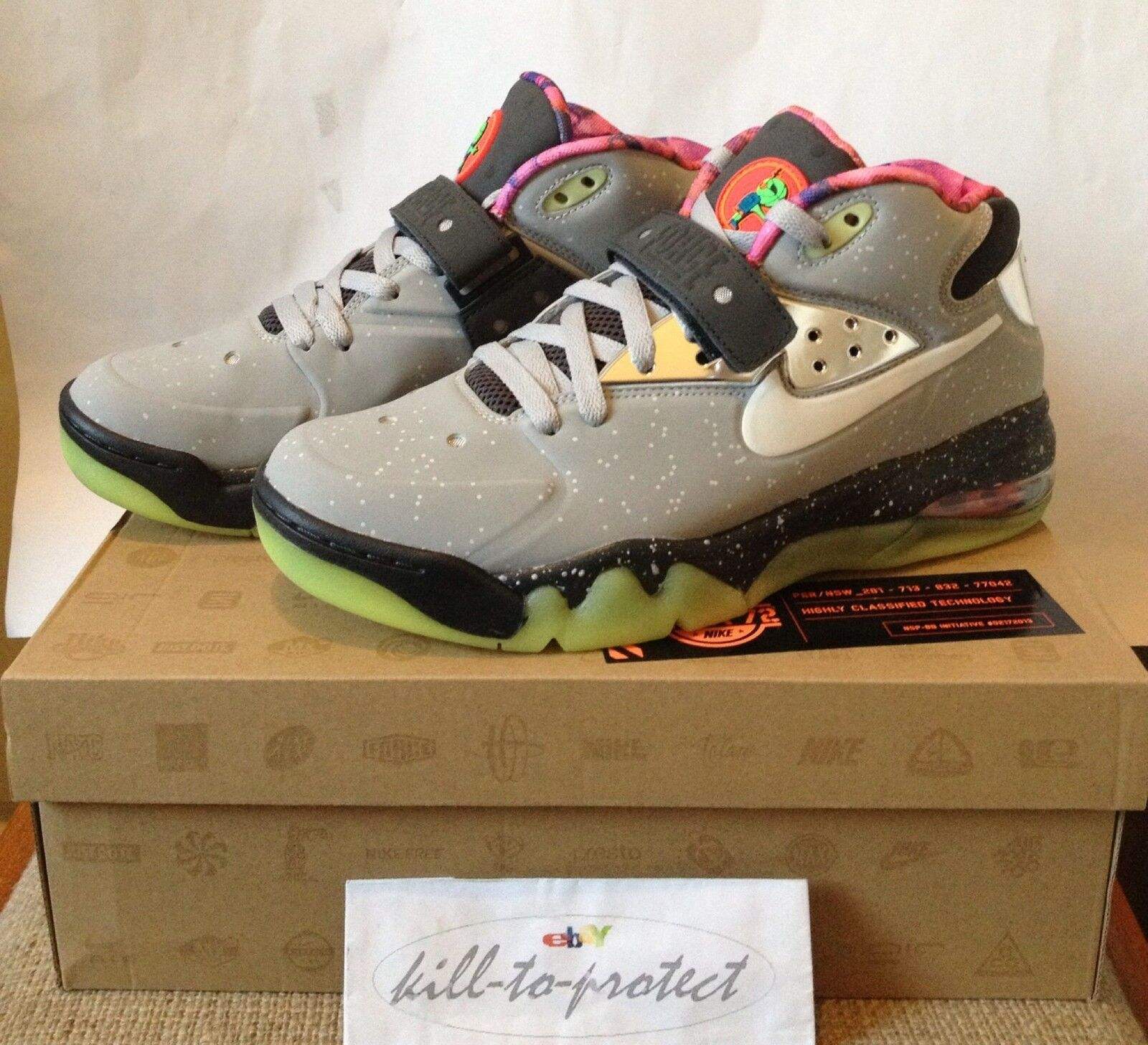NIKE AIR FORCE MAX AREA 72 Size US AS 597799-001  2013