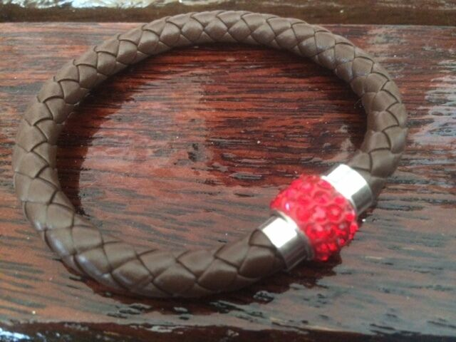 BROWN LEATHER PLATTED RED CRYSTAL MAGNETIC CLASP BRACELET