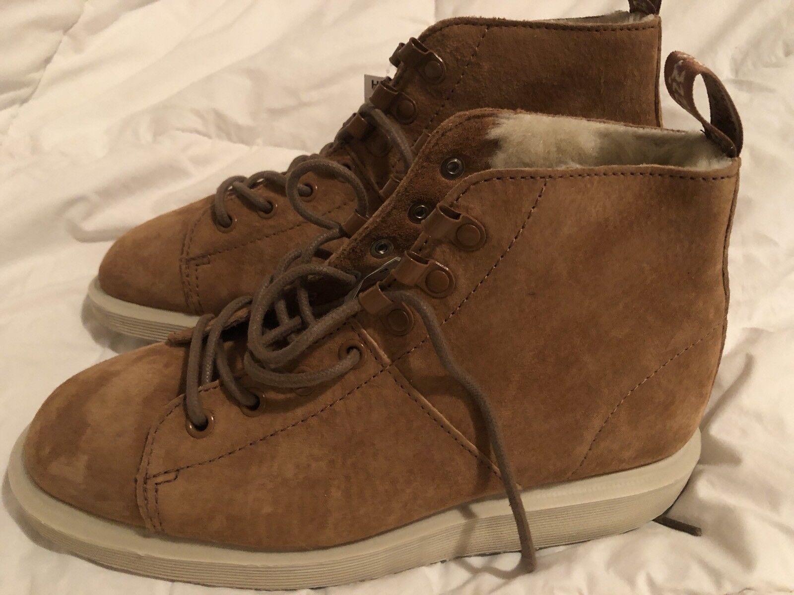 Dr. Martens LESBOOTFL Brown Leather Faux Fur Lined Ankle Boots Women's Sz 7 US