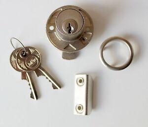 JuNie-Dreh-Druckzylinder-2972-matt-vernickelt-Rechts-und-Links-verwendbar-372