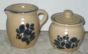 Pfaltzgraff-USA-Folk-Art-Cream-amp-Sugar-Bowl-Set-022-024-Creamer-pitcher