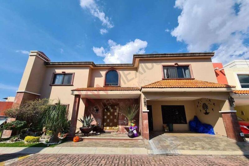 Casa en Venta en San Andrés Cholula, cerca de la UDLAP, acceso a periférico y camino re...
