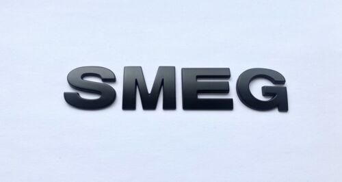 26 Mm Noir 3D auto-adhésif Lettre Numéro badge emblème autocollant orthographe SMEG