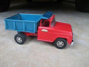 Vintage-Tonka-Dump-Truck-1960-s-Red-amp-Green