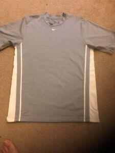 eb467661 Nike Men's Dri Fit Athletic Gray / White Shirt Medium RN 56323 CA ...