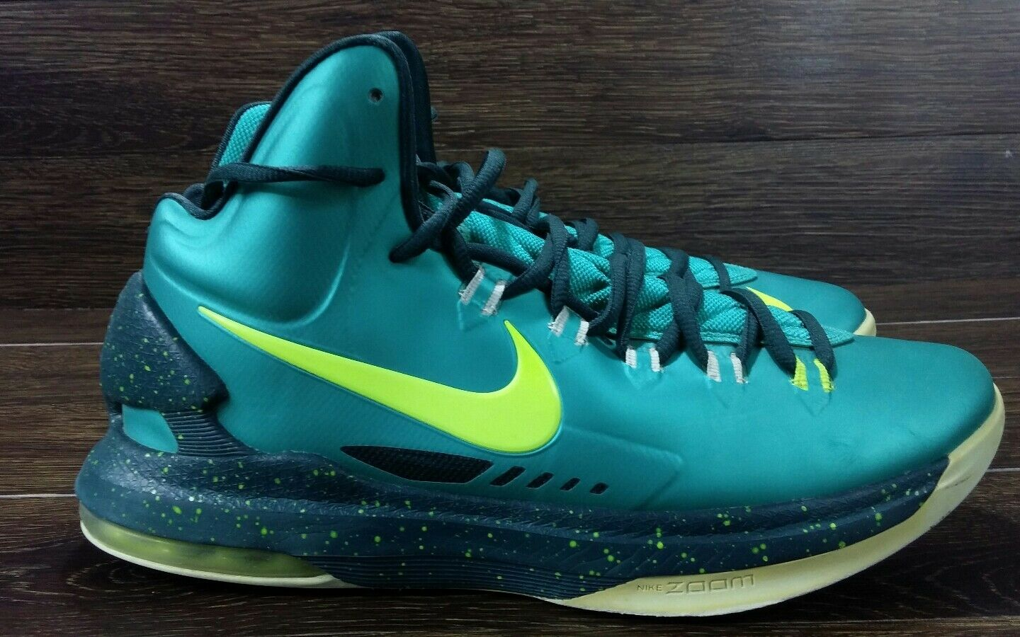 23ab93aa77b NIKE ZOOM KD DURANT BASKETBALL SHOES 554988-300 Green MEN'S SIZE 9.5 US  VGUC. NIKE AIR JORDAN ...
