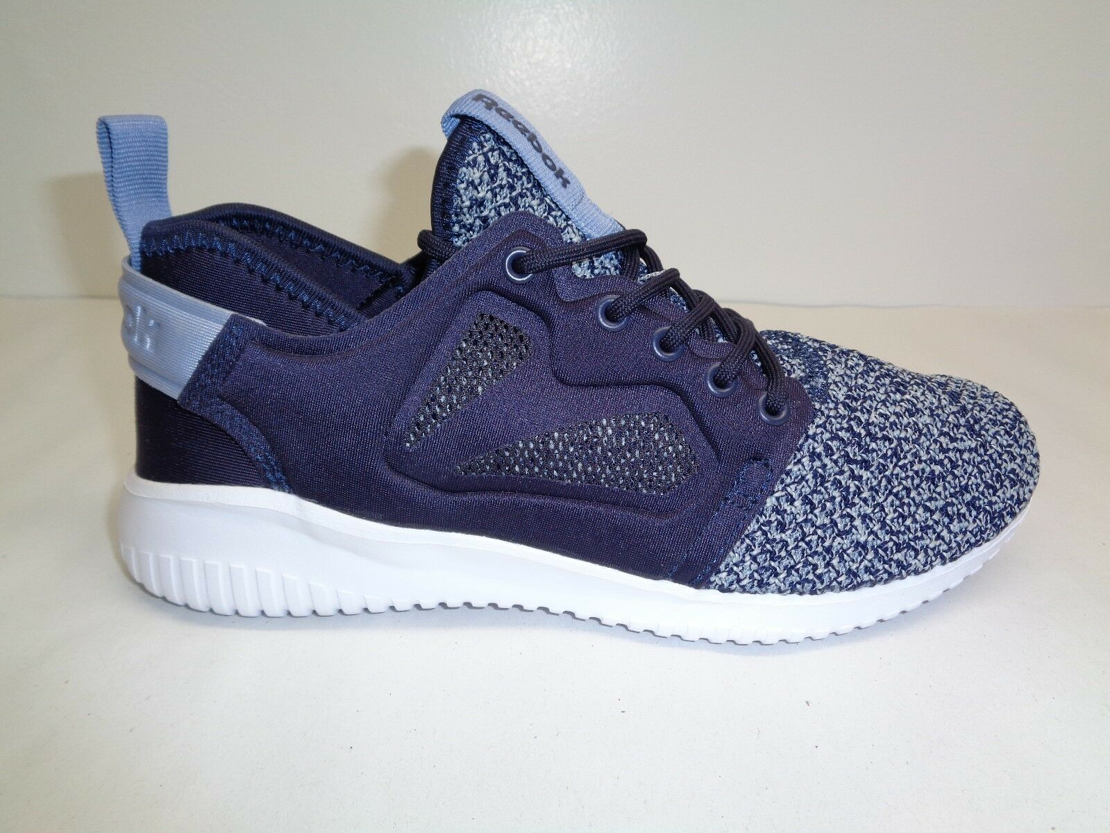 Reebok Size 6 SKYCUSH EVOLUTION LUX Purple Training Sneakers New Womens shoes