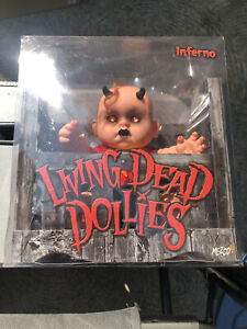 living-dead-dolls-Inferno