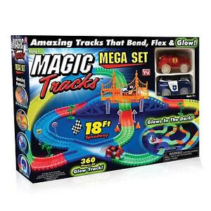 Magic-Tracks-MEGA-Set-with-2-Race-Cars-and-18-feet-of-Glow-in-the-Dark-Racetrack