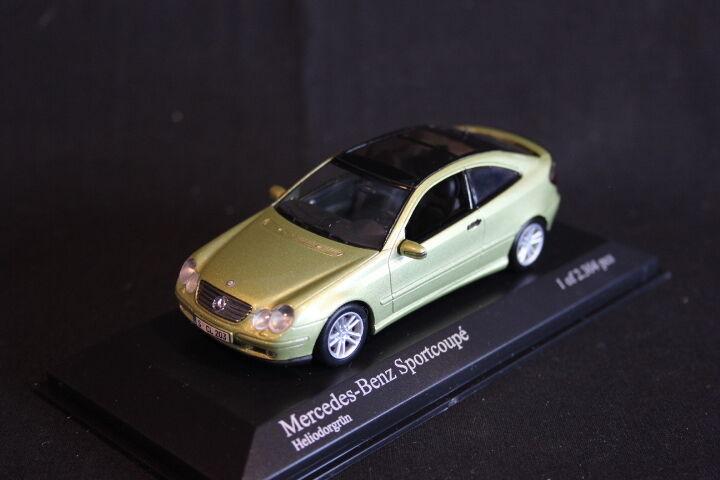 Minichamps Mercedes-Benz Sportcoupé 2001 1 43 Heliodorgreen (JS)