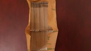 Brother-Knitting-Machine-200-Needles-For-Standard-Gauge-Punchcard-amp-Electronic