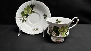 Grosvenor-Jackson-amp-Gosling-England-Bone-China-Spring-Song-Cup-amp-Saucer-Crazing